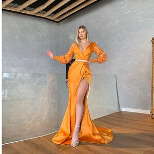 Sexy Evening Dresses Pleat Satin Slide Split Appliques Beading V-Neck Full Sleeve Zipper A-Line Gowns Novia Do 2021 New Party