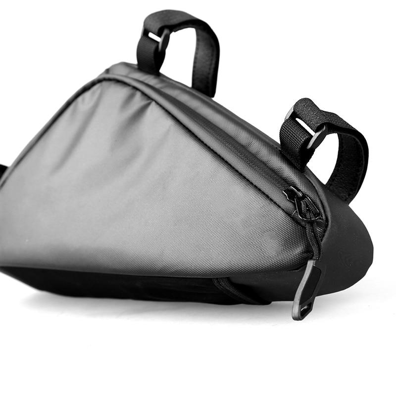 Nueva bolsa de bicicleta a prueba de agua triángulos PU bolsa Crossbeam paquete bicicleta de montaña Kit de herramientas