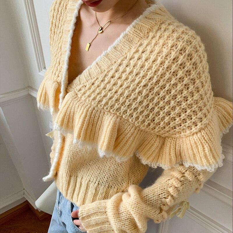Sweet Ruffled Cardigan Women V Neck Loose Design Fashion Sweaters 2022 New Spring Autumn Solid Elegant Knitwear Female CX2265 enlarge