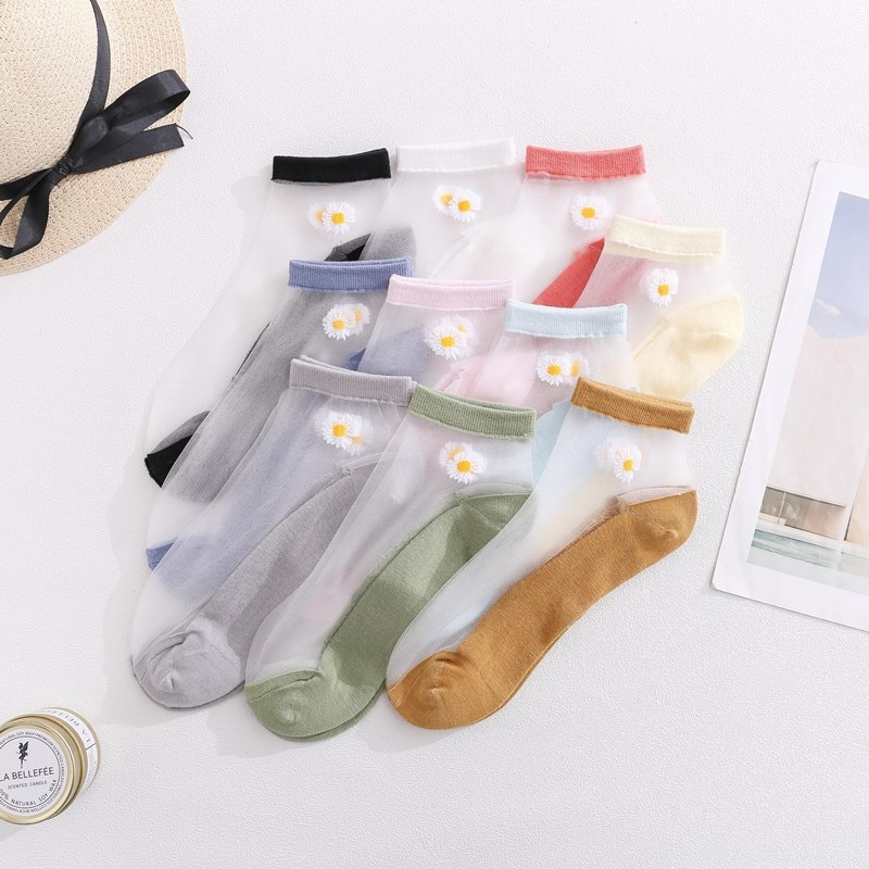 New Spring And Summer Ladies Boat Socks Thin Glass Silk Small Daisy Crystal Shallow Mouth Transparent Card All-match