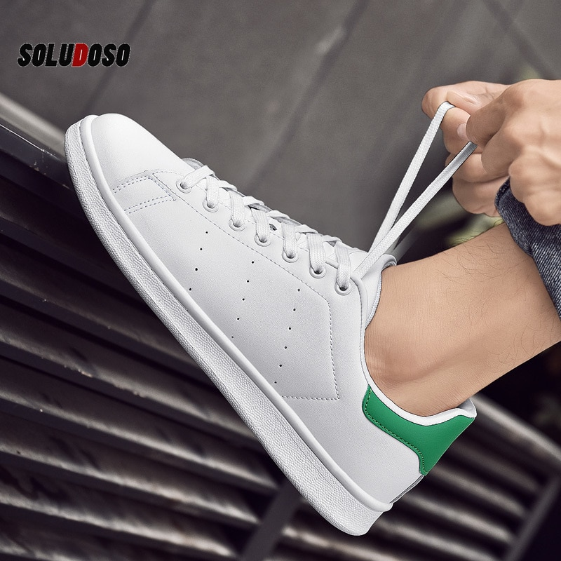 2020 nova moda clássico branco sapatos femininos tênis ao ar livre sapatos de casal tamanho grande