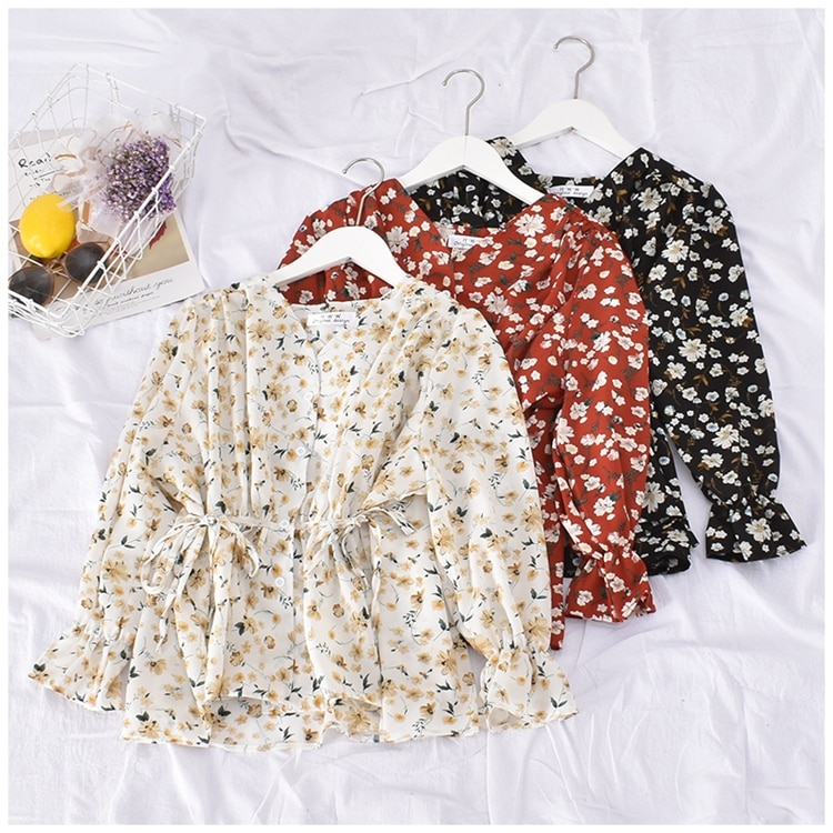 sweet lolita shirt 2020 mori girls autumn spring Japanese style long sleeve v neck slim waist print blouse blusa