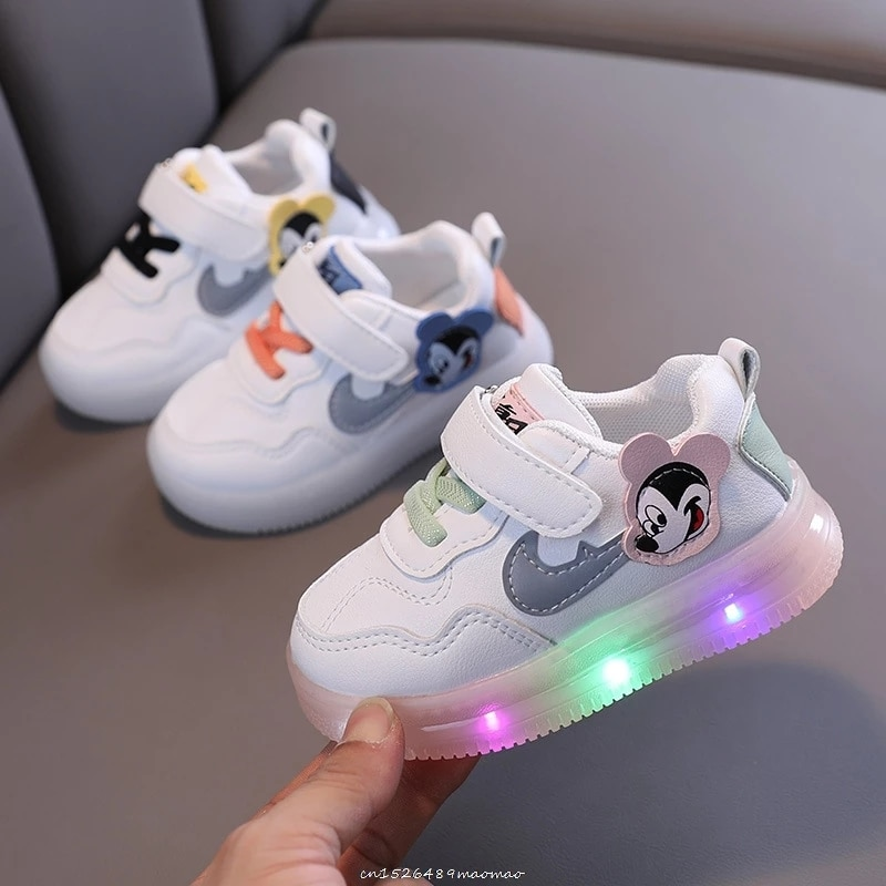 Disney Children's 2021 Spring and summer Cartoons Mickey Sneakers for Girls Basket Led Children Lighting Shoes Luminous Sneakers
