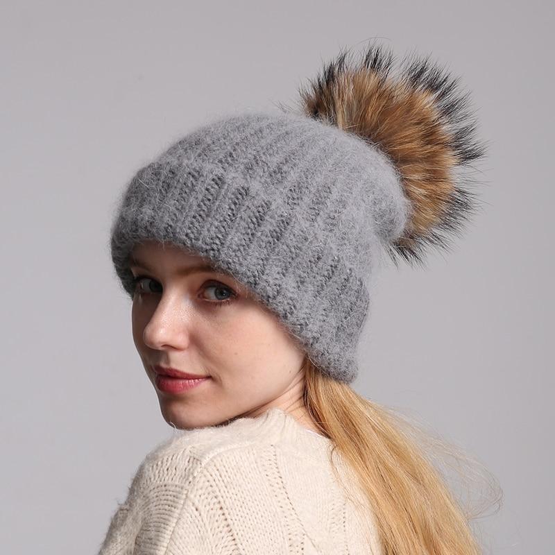 70% sombrero de punto de piel de conejo de Angola con sombrero de pompón de piel Real gorros Skullie sombreros de invierno de mujer gorro de esquí femenino