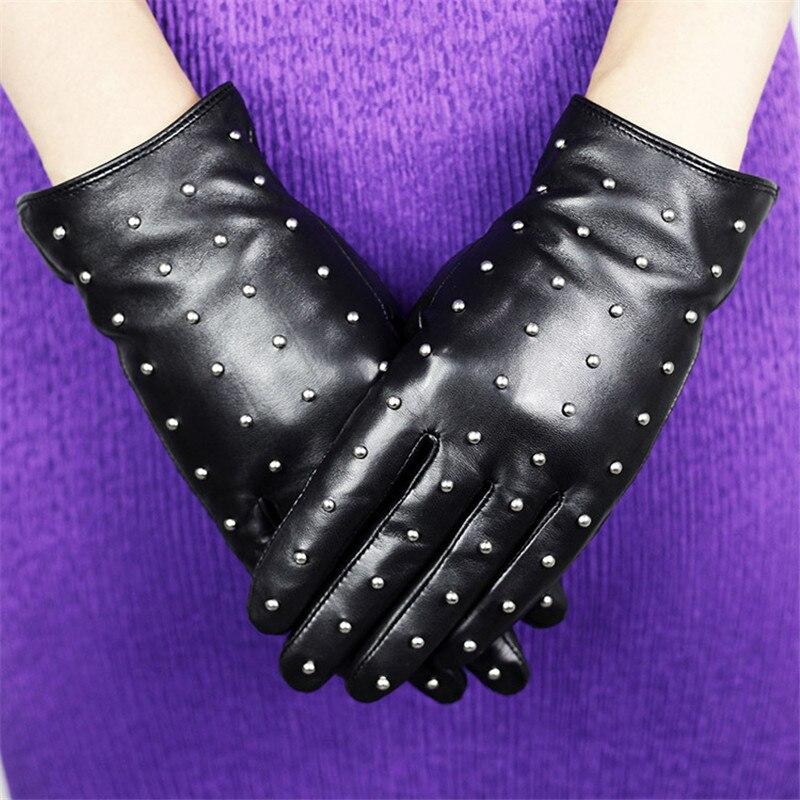 2020 guantes de cuero genuino moda femenina remache invierno cálido más terciopelo grueso clásico negro piel de oveja mujer guantes DQ205