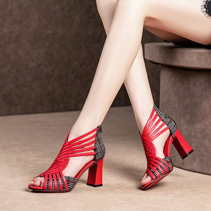 флогер wild black red 2020 NEW Gladiator Shoes Woman High Heeled Sandals Women Summer Heels Square Heel Peep Toe Wild Joker Back Zip Red Black White