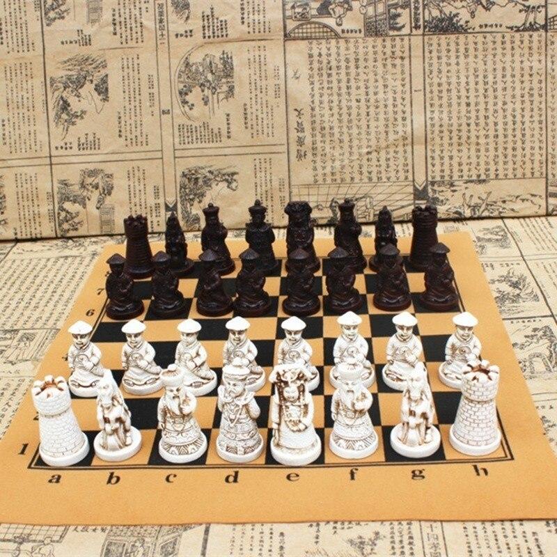 Антикварные шахматы среднего размера, шахматная доска из смолы, реалистичные кусочки, персонажи мультфильмов, развлекательные подарки, Go