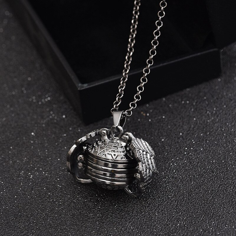 Magic Photo Pendant Memory Floating Locket Necklace Plated  Flash Box Fashion Album Box Necklaces for Women