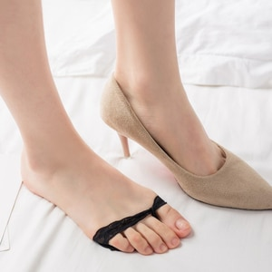 High Heels Anti-Slip Cushion Silicone Shoe Cushion Dotted Invisible Forefoot Insole Pad Front Heel Socks
