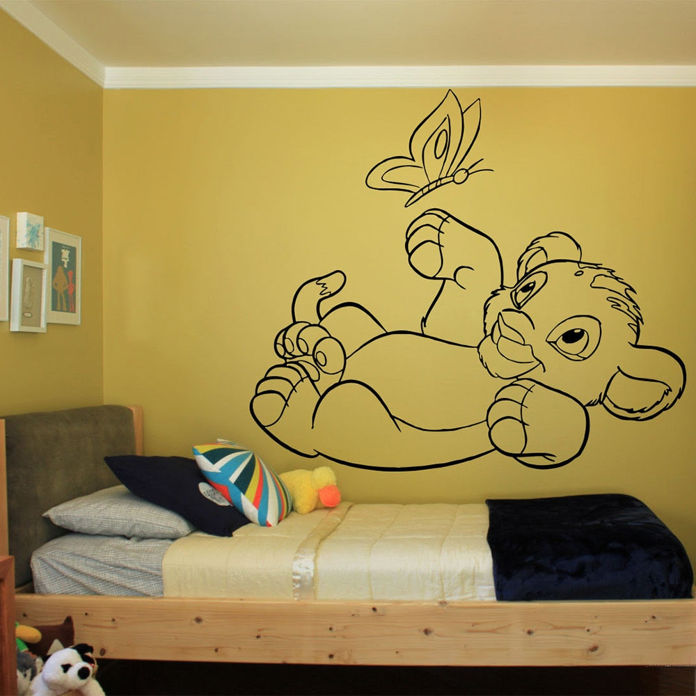 León rey Simba calcomanías de pared divertida mariposa vinilo calcomanía dibujos animados decoración del cuarto de niños habitaciones papel pintado artístico C217