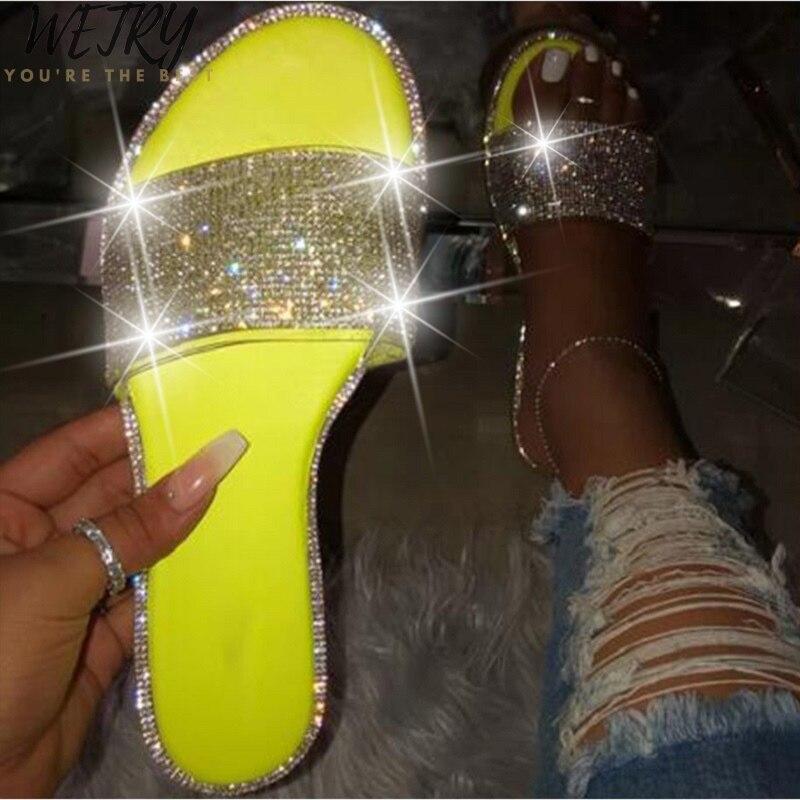 En 2020 nouveau été femmes cristal pantoufles paillettes plat Bling femelle bonbons couleur tongs en plein air dames diapositives chaussures de plage