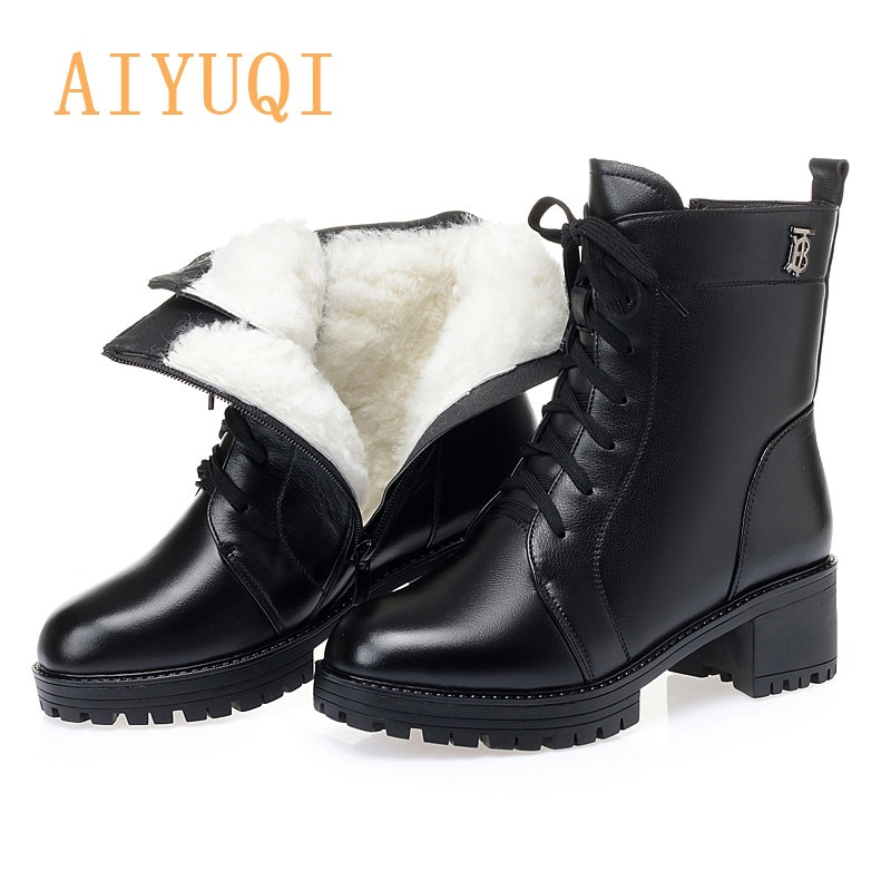 Women Booties Ankle Boots 2021 New Genuine Leather Motorcycle Boots Women Thick Heel Full Wool Large
