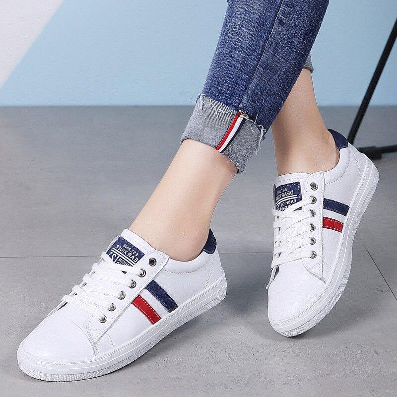 موضة النساء الأبيض الشقق فتاة طالب جلد طبيعي الدانتيل يصل لينة مبركن حذاء أحذية رياضية كاجوال النساء Zapatos