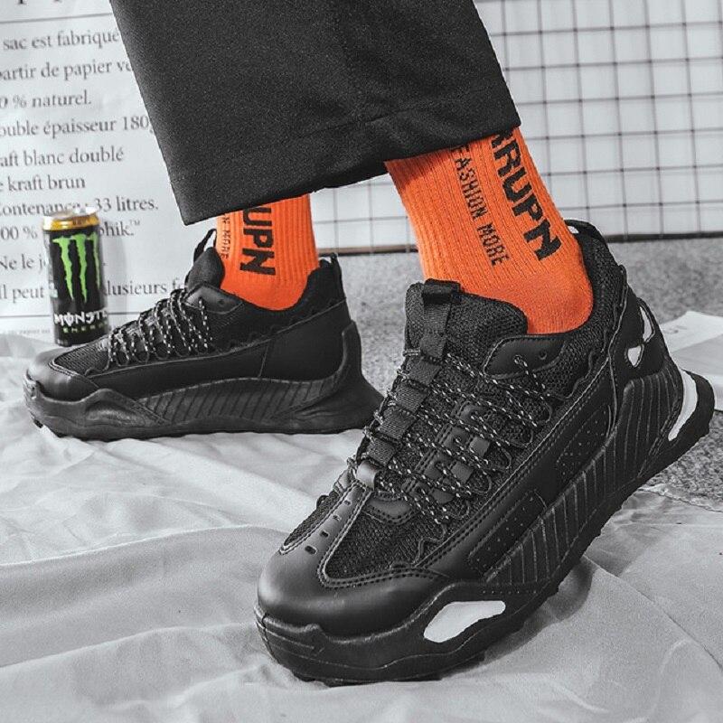 Sapatas dos homens cair 2020 nova tendência Coreano lazer execução não-escorregar grosso-sola ins Hong Kong sapatos de vento homens sapatos maré