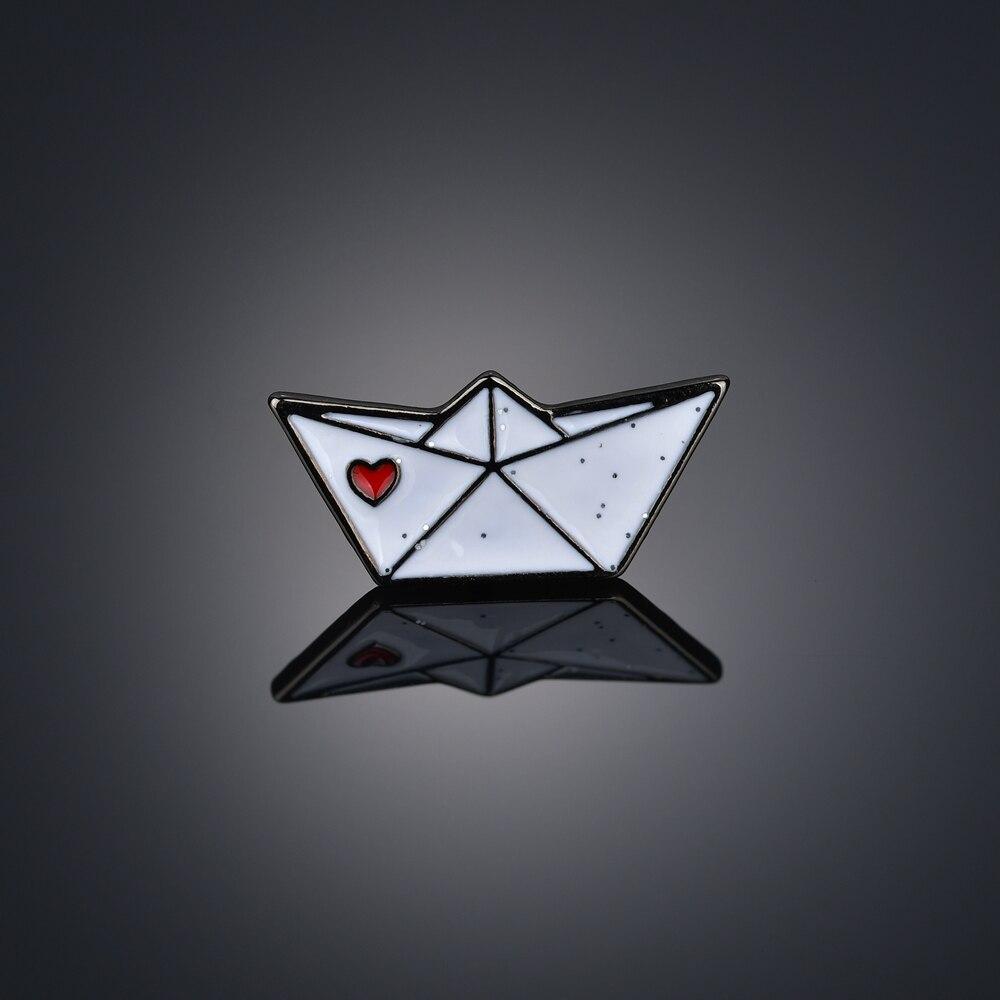 Treasure of Love Enamel Pins Bike Umbrealla Lips Dress Sheep Brooches Lapel Pin Custom Badge Creative Gift for Girl Women