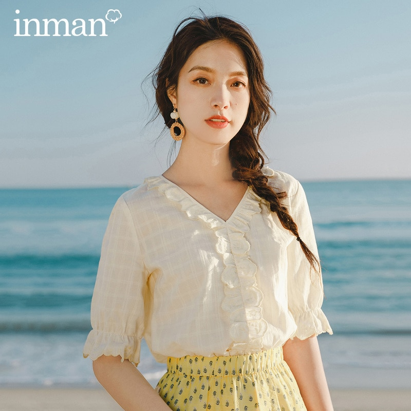 INMAN 2020 lato nowy nabytek dekolt w szpic haftowana koronkowa bluzka z krótkim rękawem