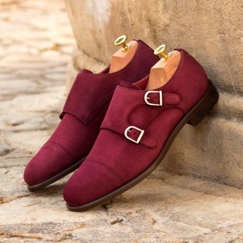 Новинка, мужские модные туфли из искусственной замши, красные деловые туфли с двойной пряжкой, свадебные туфли, классические туфли AQ115 фото