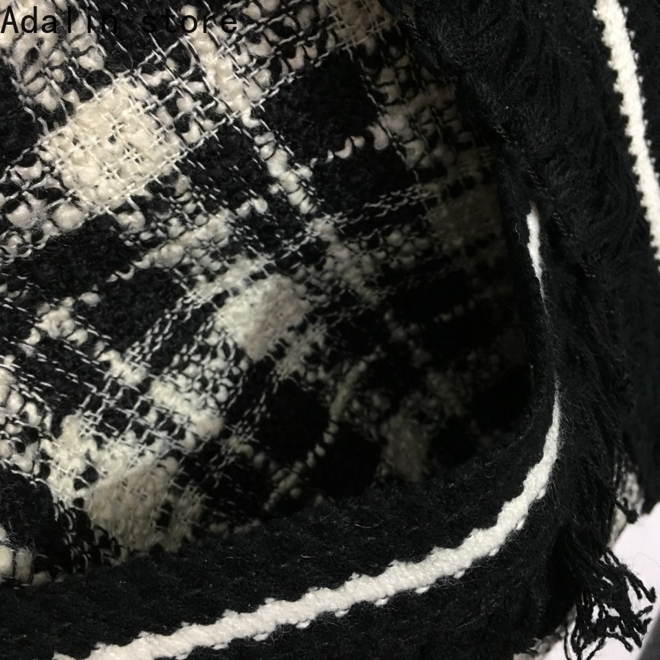2021 high quality autumn new fashion women's tassel woven border contrast checked tweed knitted cardigan coat enlarge
