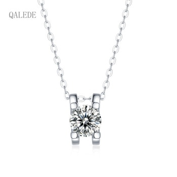 QALEDE Women Necklace S925 Silver Necklace Inlaid 1/3 Carat Moissanite Simple Bull Head Pendant Women's Necklace Gift