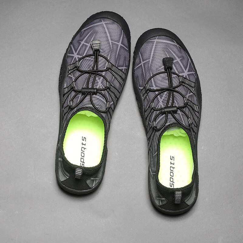 2021 Quick Dry Aqua Shoes Plus Size Non Slip Sneakers Women Men Water Shoes Breathable Footwear Light Surfing Beach Sneakers