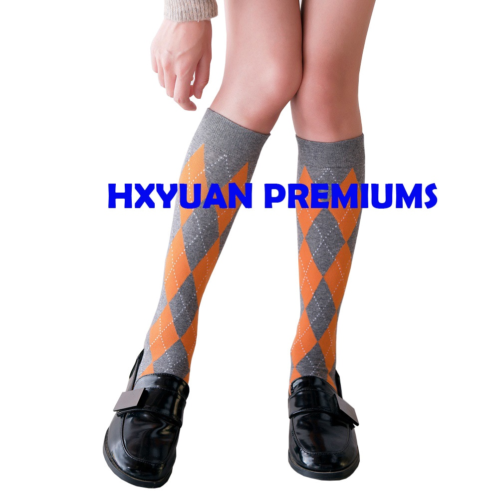 Simple Casual Diamond Pattern Combed Cotton Knitted Stockings Women Knee High Socks