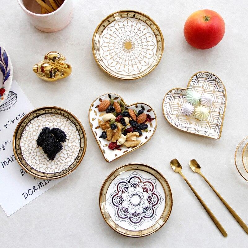 6 قطع أدوات المائدة لوحة سيراميك مجموعة طبق الخزف لطيف طبق تقديم الحلوى أواني الطعام النمط الأوروبي وجبات خفيفة رائعة كعكة لوحة