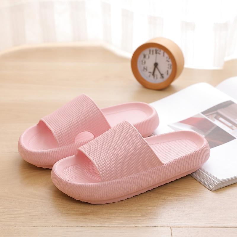 Chinelos de Chão Verão Feminino Interior Sapatos Planos Flip Flops Casa Banho Chinelos Zapatillas Hombre
