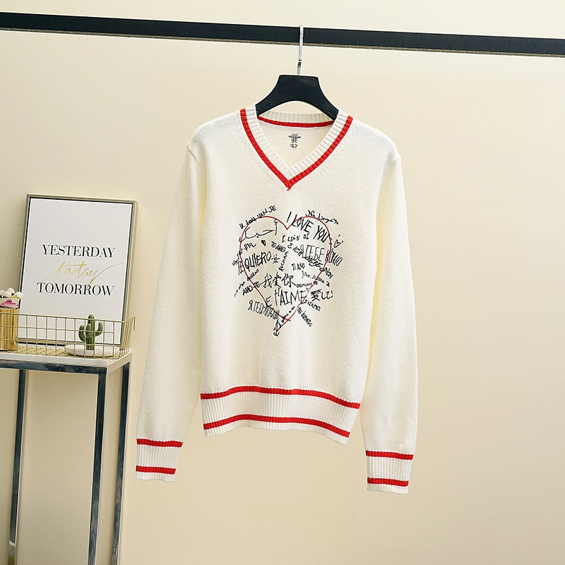2021 Thick Women white Love Letter Jacquard Sweaters and Pullovers High Quality Knitted V-Neck Autumn Winter Sweet Top sweet enlarge