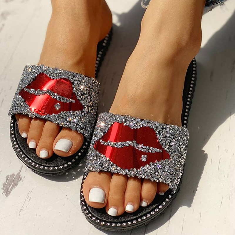 Woman Open Toe Slippers Women Red lips Flats Ladies Bling Crystal Women's Fashion Ladies Beach Shoes Female Footwear Plus Size