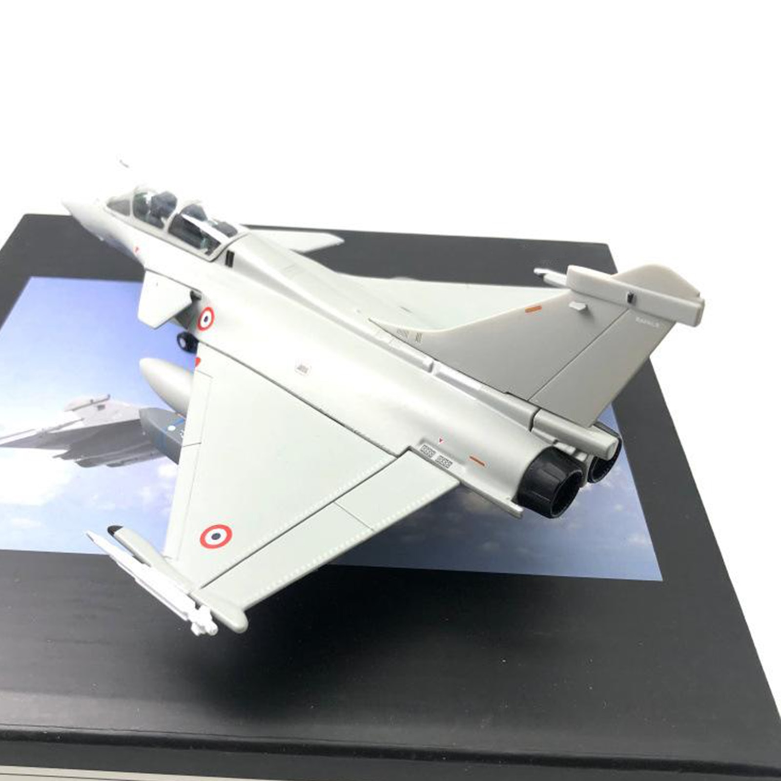 1/72 Scale Dassault Rafale Plane France Fighter Metal Fighter Model Alloy Diecast Display Model Fighter Aircraft Commemorate all metal alloy diy assembly aircraft model 1 48 f6f 5 hell cat fighter skeleton puzzle