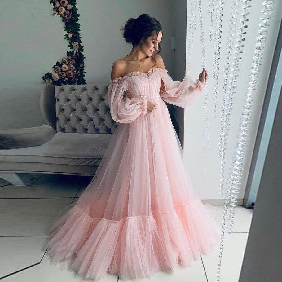 Pretty 2020 Blush A-line Rosa largo de tul vestidos de fiesta de manga completa fuera del hombro vestidos de baile con volantes vestido de fiesta