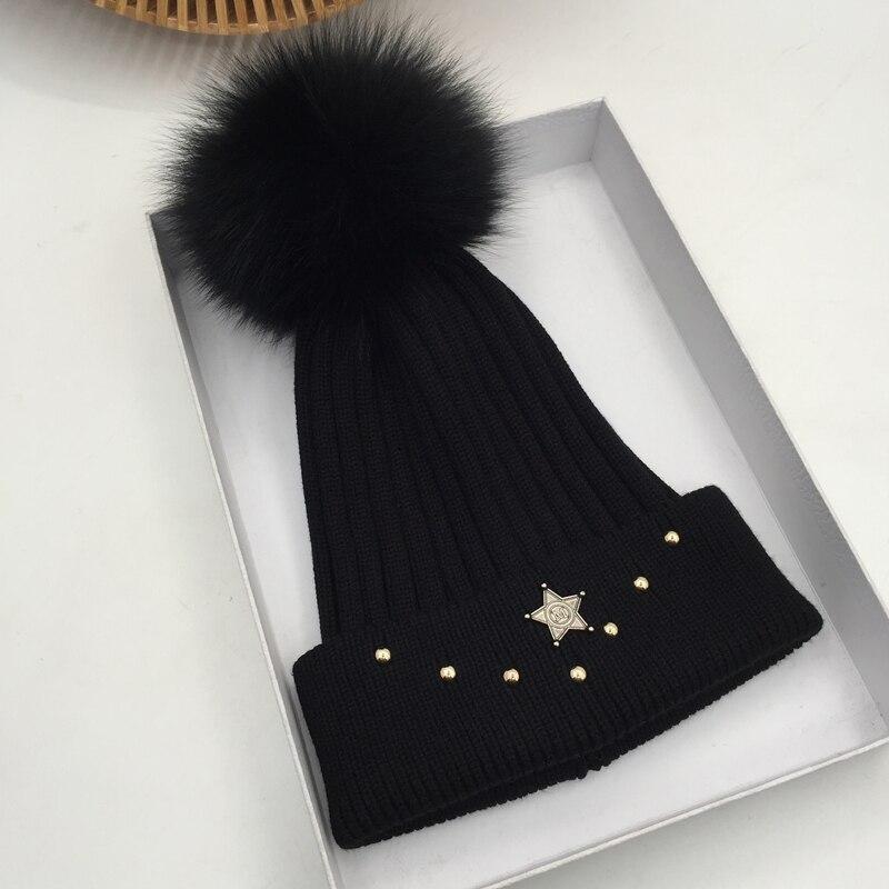 Qiu dong han Edición de sombrero de moda es zorro negro celebridad web pelo bombilla joker cálido tejido sombrero con remaches Skullies & Beanies