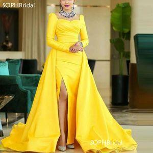 New Arrival Modest Arabic Evening Dresses 2021 Full Sleeve Satin Overskirt Prom Gown Formal Dress Red Carpet Celebrity Robes