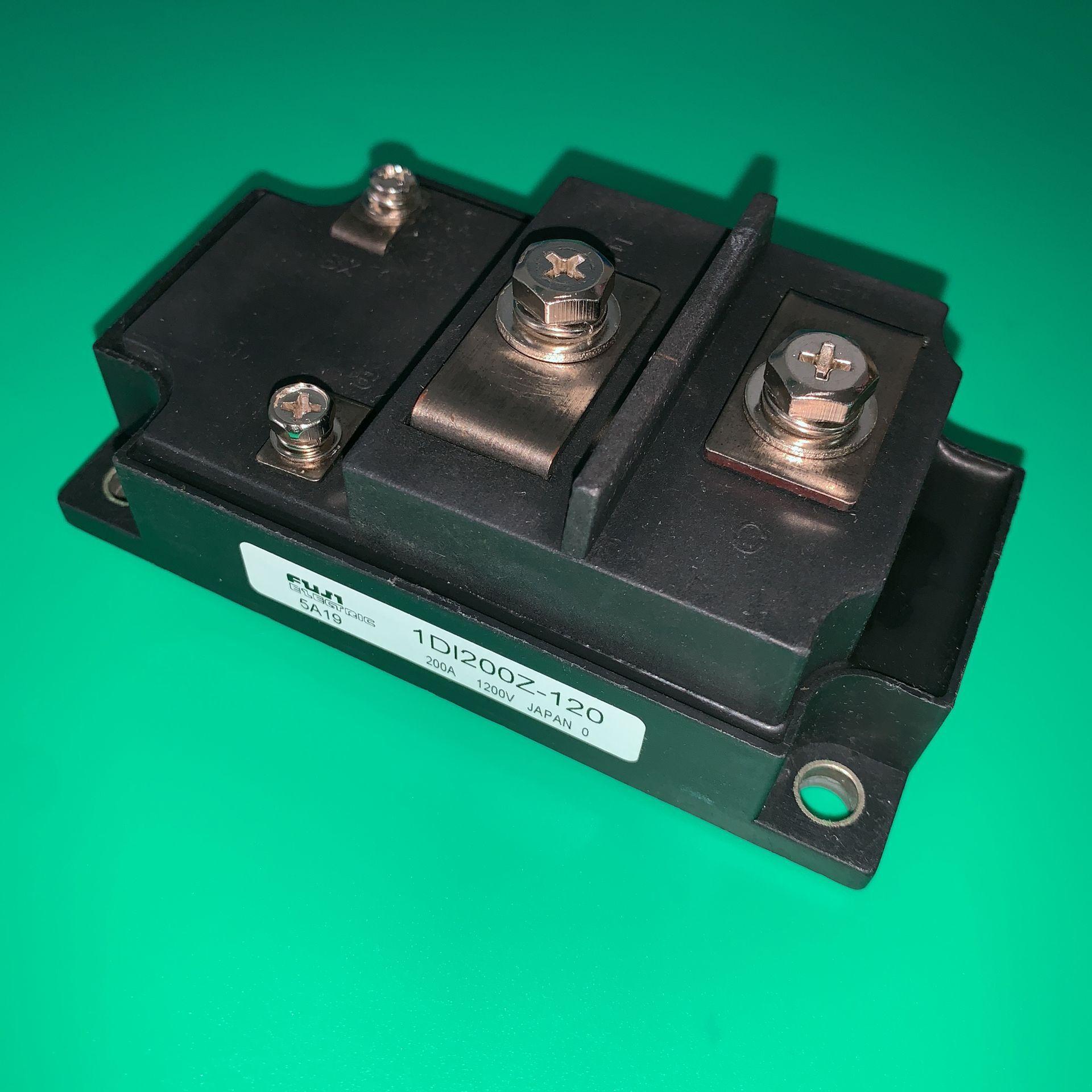 1DI200Z-120 الطاقة الترانزستور وحدة 1DI200 Z-120 200A 1200V IGBT 1DI200Z120 1D1200Z-120 IDI200Z-120 1DI200-120 1DI2002-120