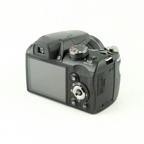 Б/у, цифровой фотоаппарат FUJIFILM FinePix S4500 (черный)