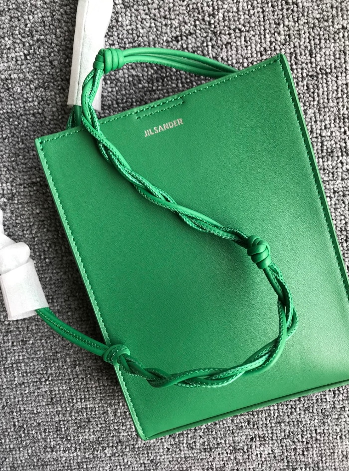 108069 جودة موضة فاخرة مصمم العلامة التجارية الكلاسيكية المنسوجة حزام الكتف حقيقي جلد طبيعي صندوق مربع صغير J1