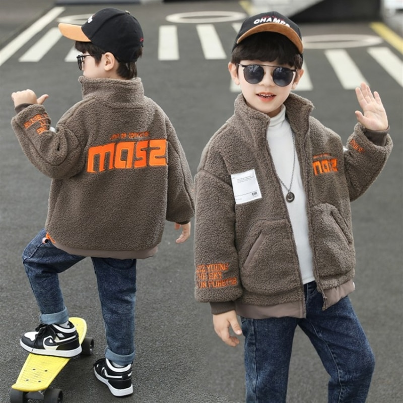Boys' thickening coat fall and winter clothes 2020 new Korean style handsome kids baby furry sweater boys western style top enlarge