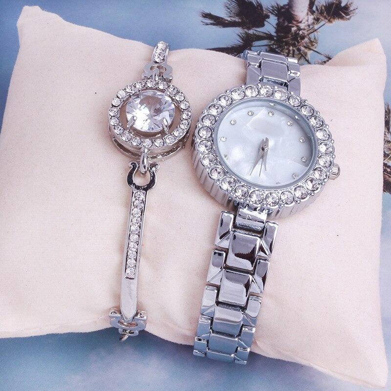 2020 Fashion Watch Ladies Diamond Watch Bracelet Watch Two-piece Set Simple Wild Steel Quartz Watches Wrist Watches for Women enlarge