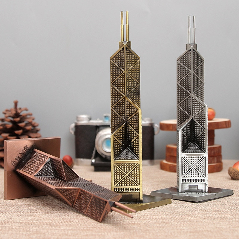 Elegant Building Figurines Metal Craft Bank of China Tower Gift Decorative Figurine Office Decor Crafts