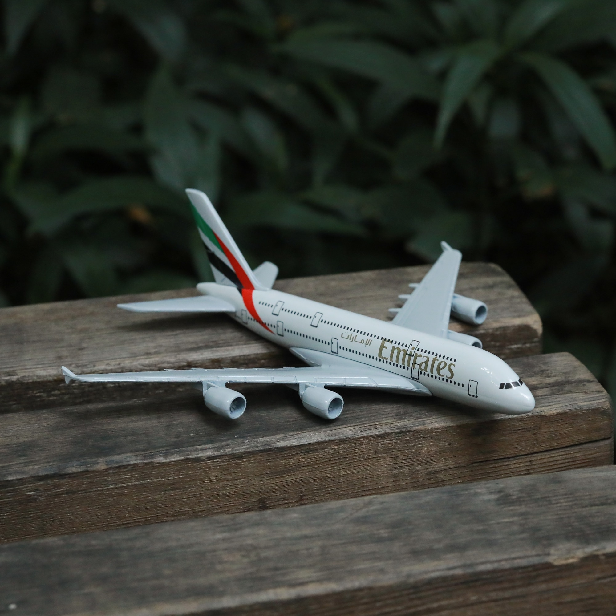 Emirates Airlines A380 Airplane Diecast Aircraft Model 6 Metal Plane Aeroplane Home Office Decor Mini Moto Toys for Children air france a380 airplane diecast aircraft model 6 metal plane aeroplane home office decor mini moto toys for children