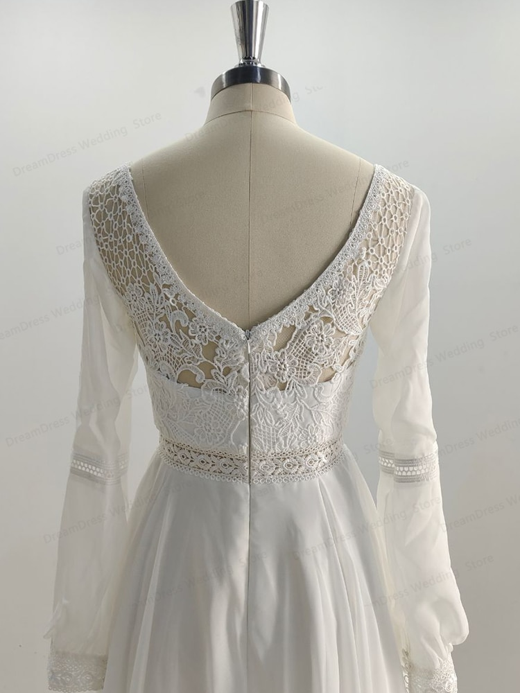 YULUOSHA Romantic Wedding Dress Tulle Lace Applique Long Sleeve Wedding Dress  Short In The Front and Long In The Back