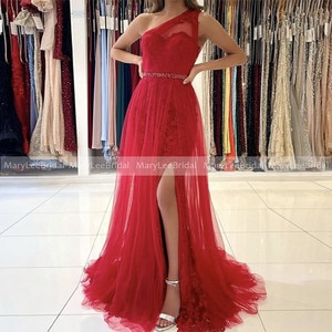 Red Lace Prom Dresses Sheer One Shoulder Front Slit Soft Tulle Evening Gowns Beaded Sash For Women Party Formal Night Dress