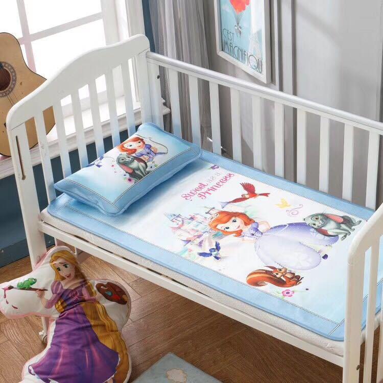 Original Disney cartoon ice silk mat 1.2m summer children's mat comfortable and cool with pillowcase