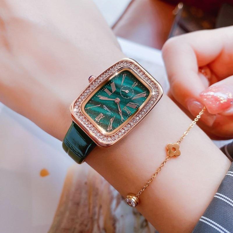 New Green Women Watches Waterproof  Fashipin Ladies Square Quartz Watch Analog Display Ladies Watch Luxury montre femme +Box