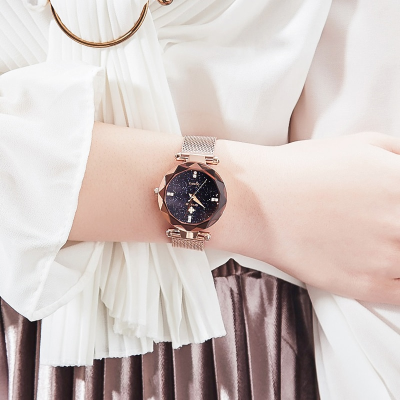 WWOOR Top Brand Luxury Rose Gold Mesh Belt Women Watch Diamond Fashion Quartz Watches Simple Waterproof Wrist Watch Montre Femme enlarge
