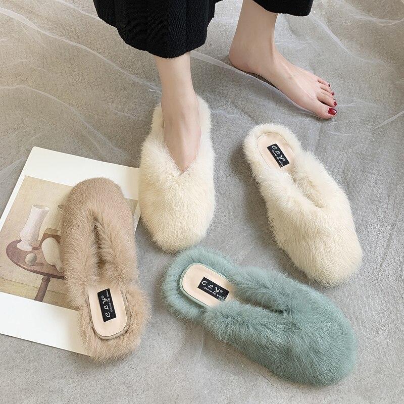 Zapatillas rojas de red peludas para mujer 2020, ropa de otoño e invierno, zapatos Mueller, pantuflas planas de pelo de conejo, medias zapatillas perezosas Baotou