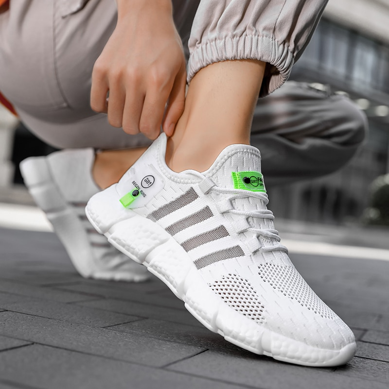 Summer Breathable Men's and Women's Running Shoes Casual Sports Couple Shoes Fashion Men's Shoes Lightweight Outdoor Size 36-46