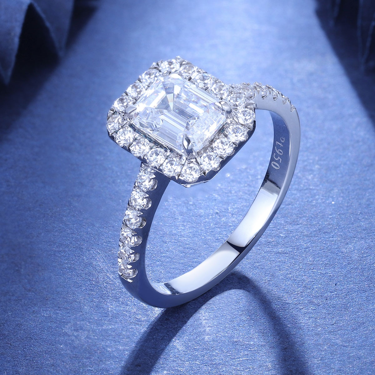 Zhanhao Top Jewelry Factory Jewelry 1.0ct Emerald Cut 925 Silver Women Diamond Ring With Stunning Color Stone