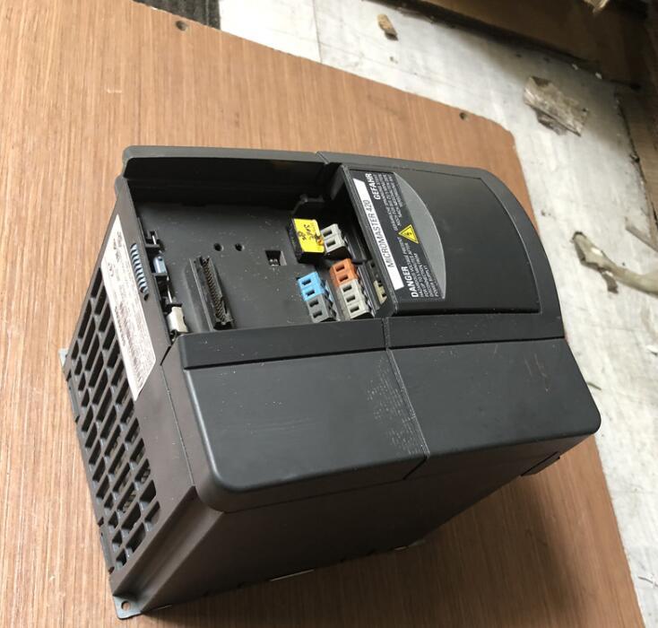 6SE6420-2UD22-2BA1 2.2KW 380V العاكس ، مستعمل ، مظهر جديد 85% ، اختبار البضائع ، شحن مجاني