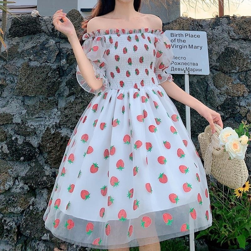 الفراولة فستان المرأة الفرنسية نمط الدانتيل الشيفون فستان الحلو عادية نفخة كم أنيقة مطبوعة Kawaii فستان المرأة 2021 جديد